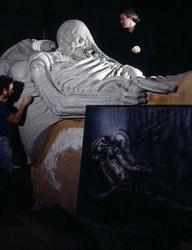 Voysey-Giger-Alien